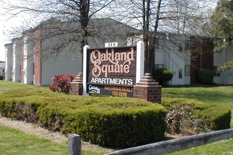 OAKLAND SQUARE APARTMENTS