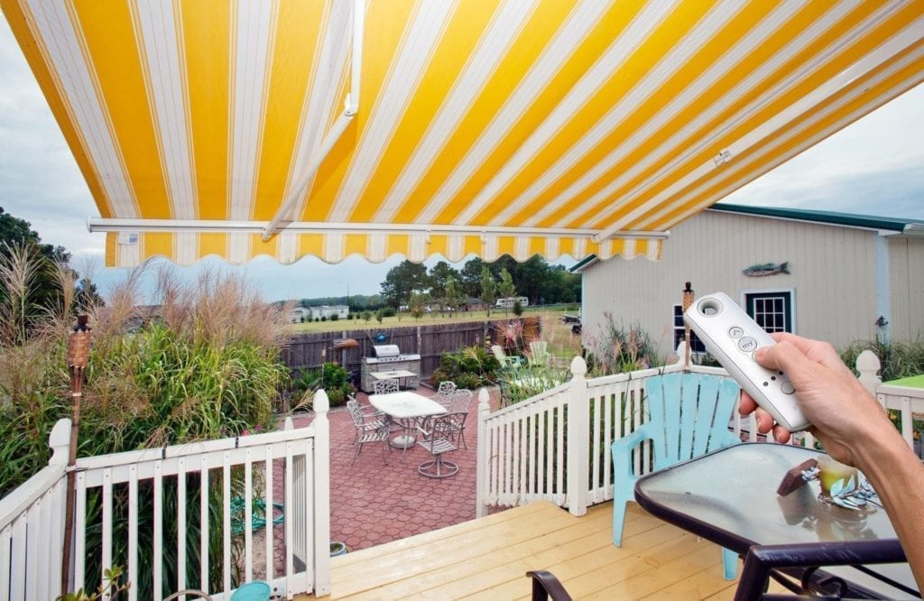 Motorized Retractable Awning with Remote