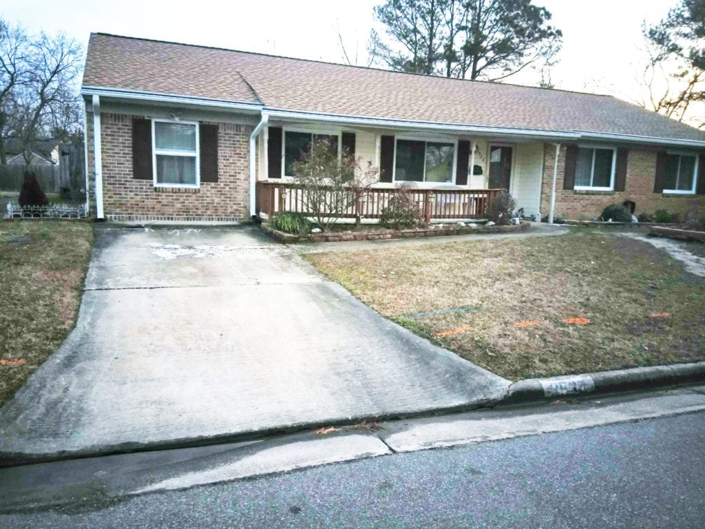 Pitunia Crescent, Virginia Beach - Before